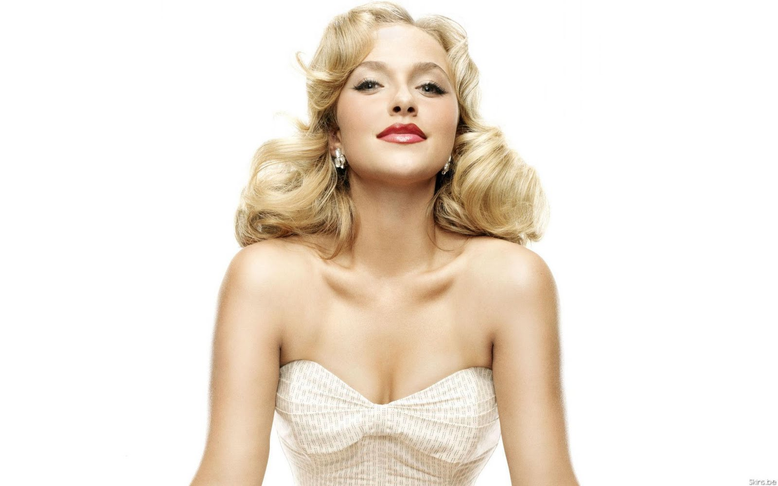 http://3.bp.blogspot.com/-W_y4cEmkSUs/TtpNSkWM1rI/AAAAAAAAKMA/uWmBEF_uC2s/s1600/Hayden_Panettiere_pink_lips_wallpapers_02.jpg