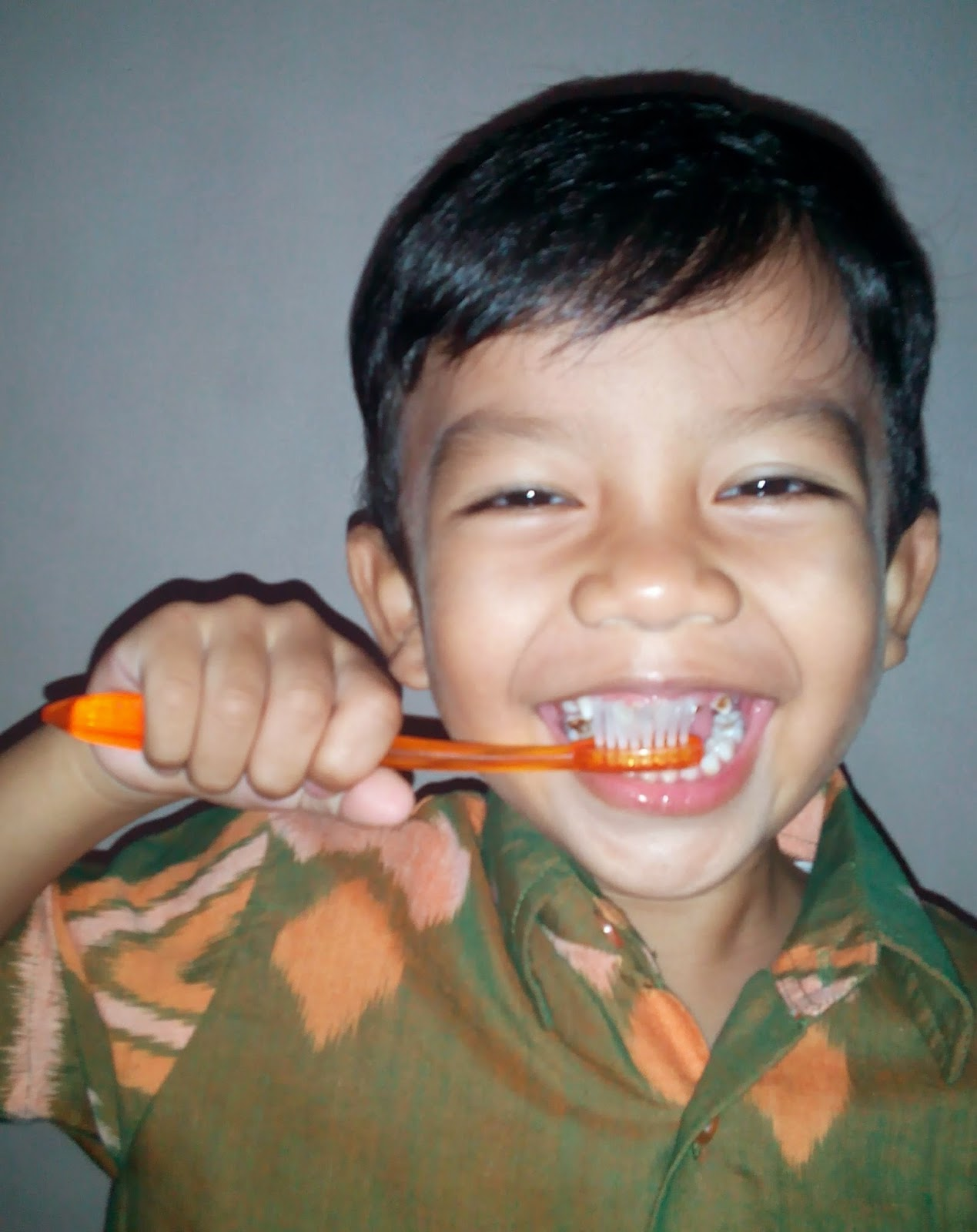 child teeth brush