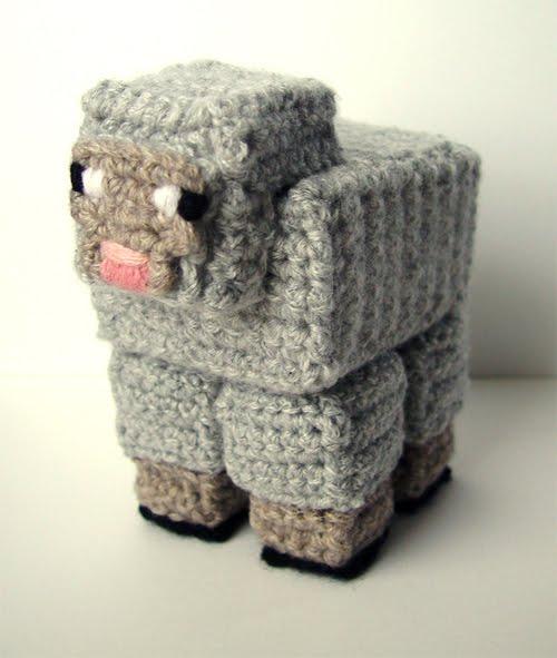 Amigurumi Free Pattern Creeper : meekssandygirls crochet: Crochet Minecraft!
