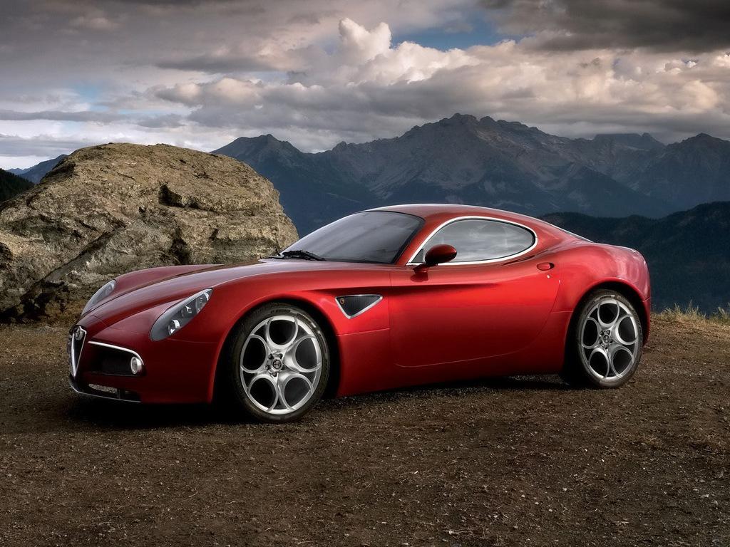 http://3.bp.blogspot.com/-WaNB9q1f5to/TVxeBcDEQlI/AAAAAAAAA7g/Oamaeqrmx50/s1600/Alfa-Romeo-8C-Competizione-Wallpaper_17220114.jpg