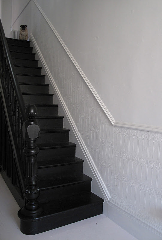47 park avenue black painted staircase. Black Bedroom Furniture Sets. Home Design Ideas