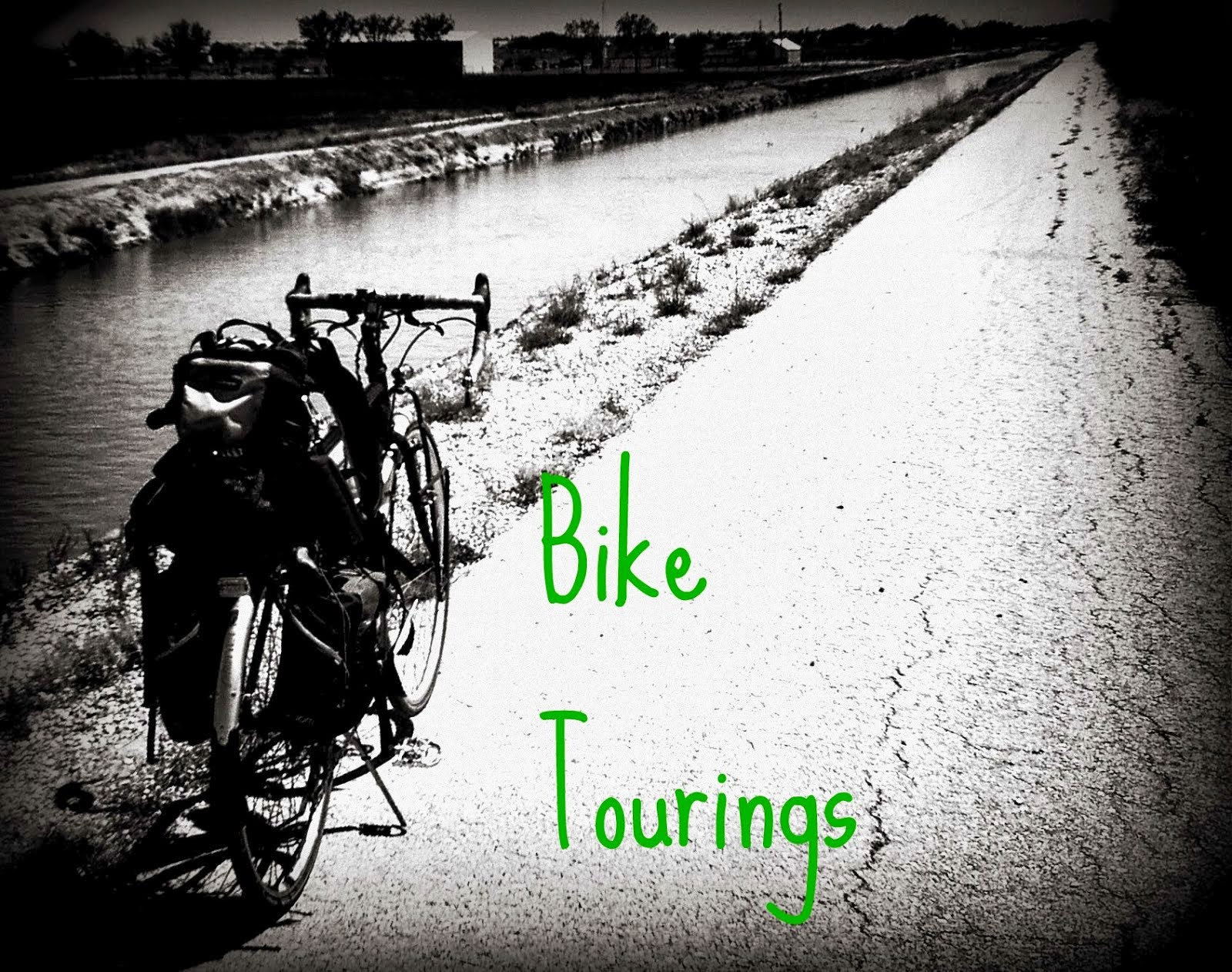"<img src=""filename.gif"" alt=""visit biketourings.com"">"