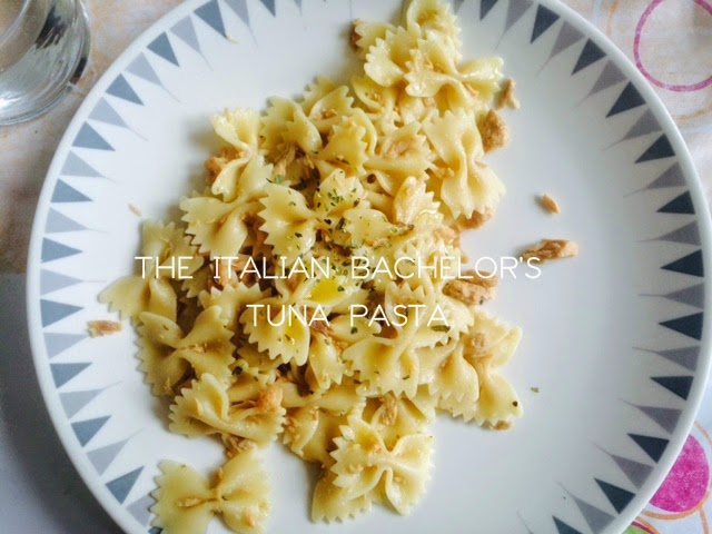 Farfalle pasta with canned tuna in oil