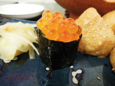 朵睿思吃的喝的快樂的。: 2012/7/29 [食記] 高雄-恆鮨壽司黑輪