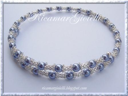 collana filo armonico, tubicini in peyote e perle