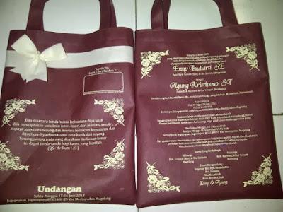 souvenir pernikahan tas