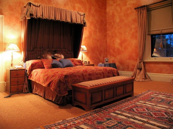 10 inexpensive ways to make your room look expensive for Lavish bedroom designs