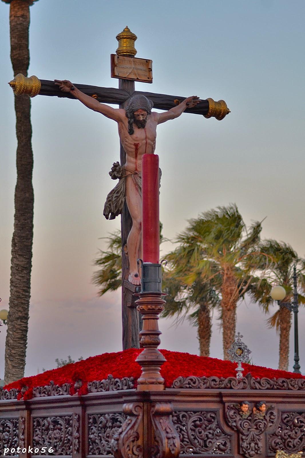 Santísimo Cristo del Amor por las calles de Rota