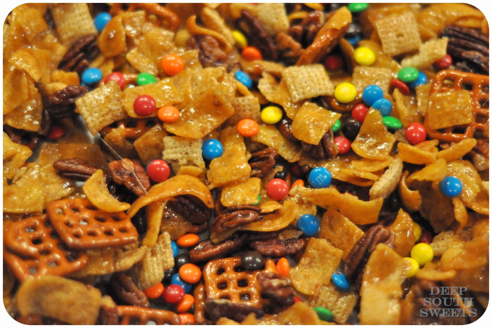 Deep South Sweets: Deep South Eats: Frito Snack Mix