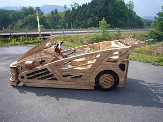 Maniwa, Mobil Kayu Buatan Jepang