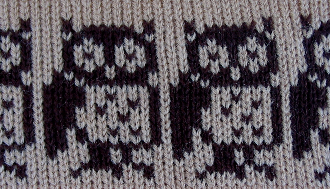 Free Knitting Pattern For Owl Sweater : Flutterby Patch: FREE PATTERN - Owl egg cosies