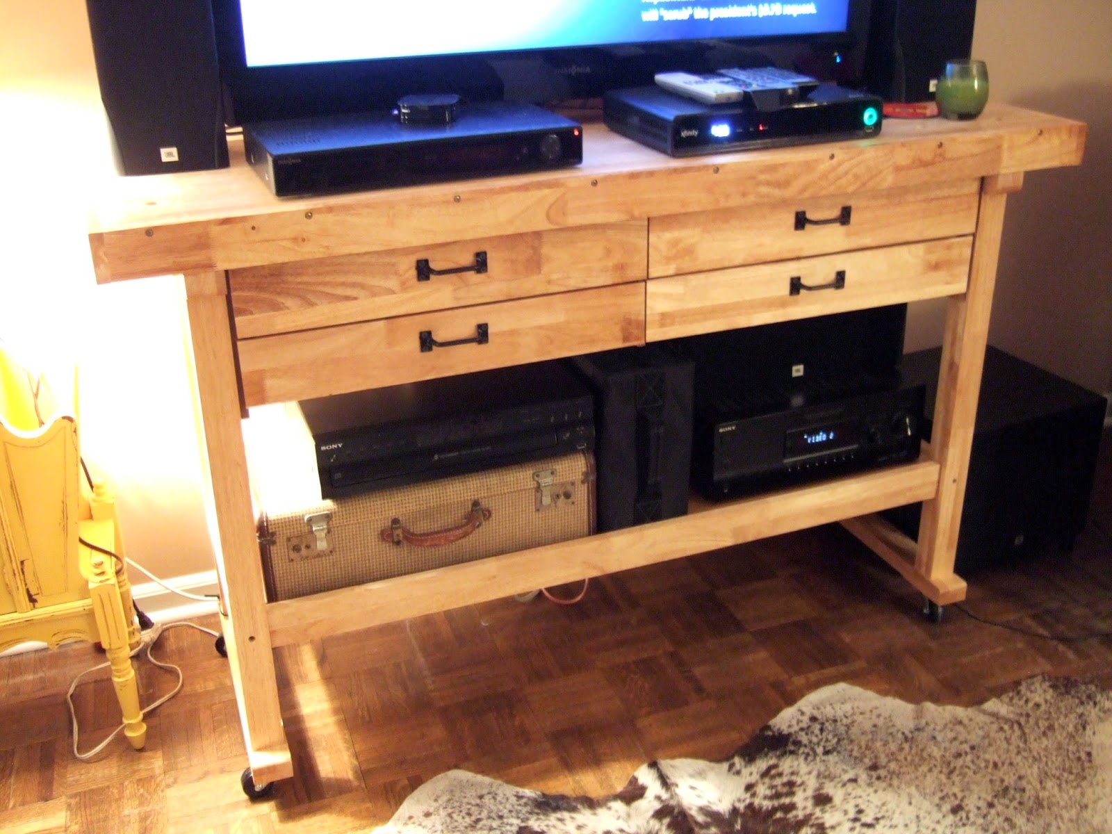 jenny elkins my home 1 wooden work bench entertainment. Black Bedroom Furniture Sets. Home Design Ideas