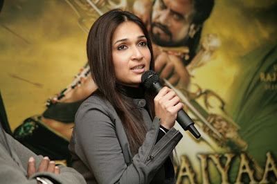 Kochadaiyaan Movie Press Meet Images function pics