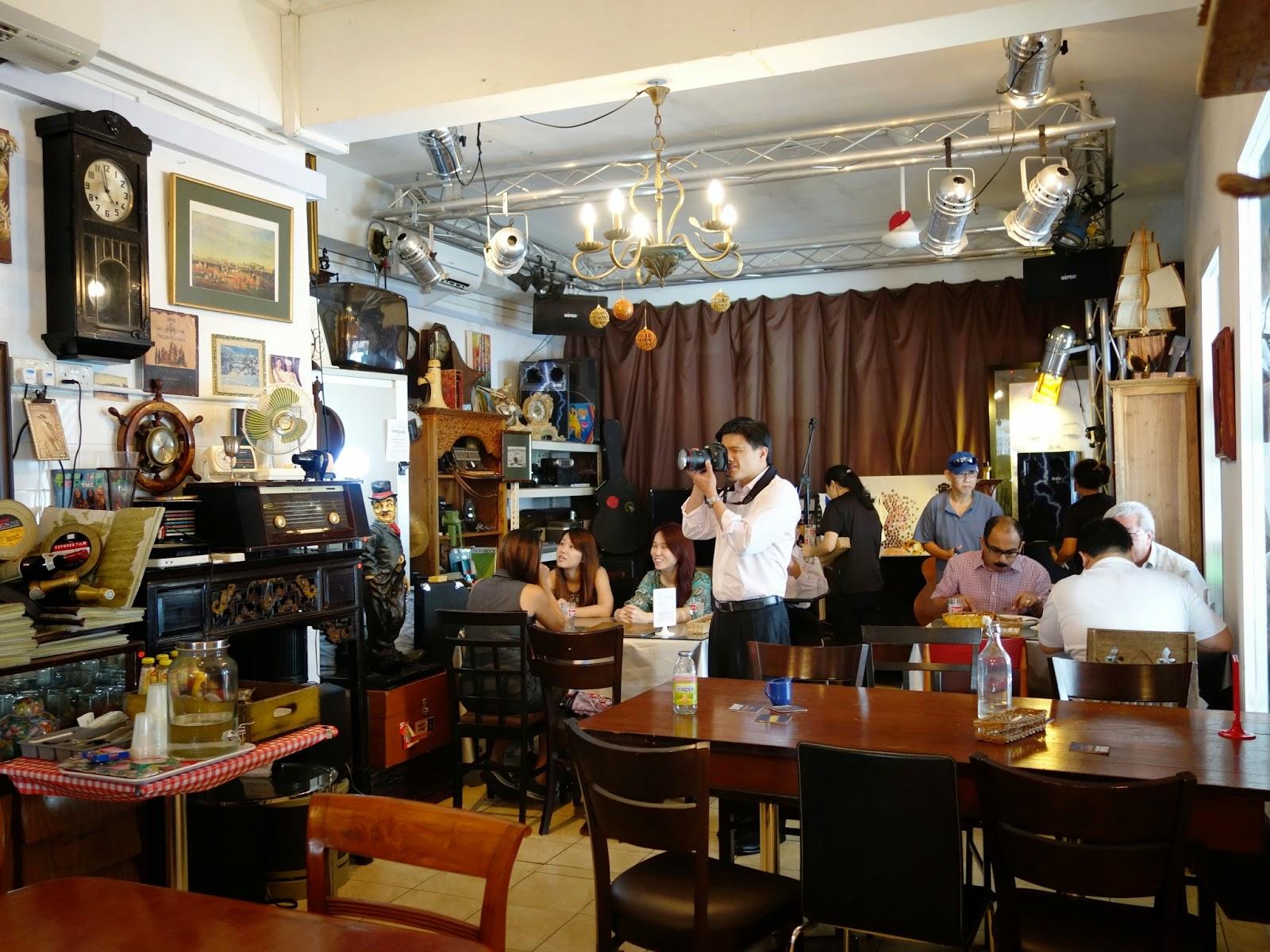 PinkyPiggu: British Hainan @ Joo Chiat ~ A Vintage-Deco Restaurant ...