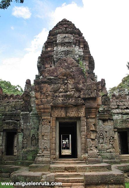 Ta-Som-apsaras-guardianes-Angkor