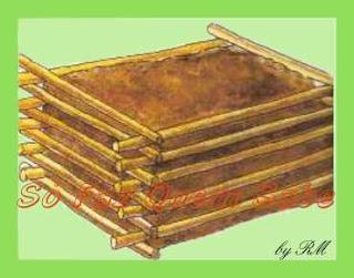 Os materiais orgânicos devem ser regados abundantemente toda semana. A umidade é imprescindível para a fermentação