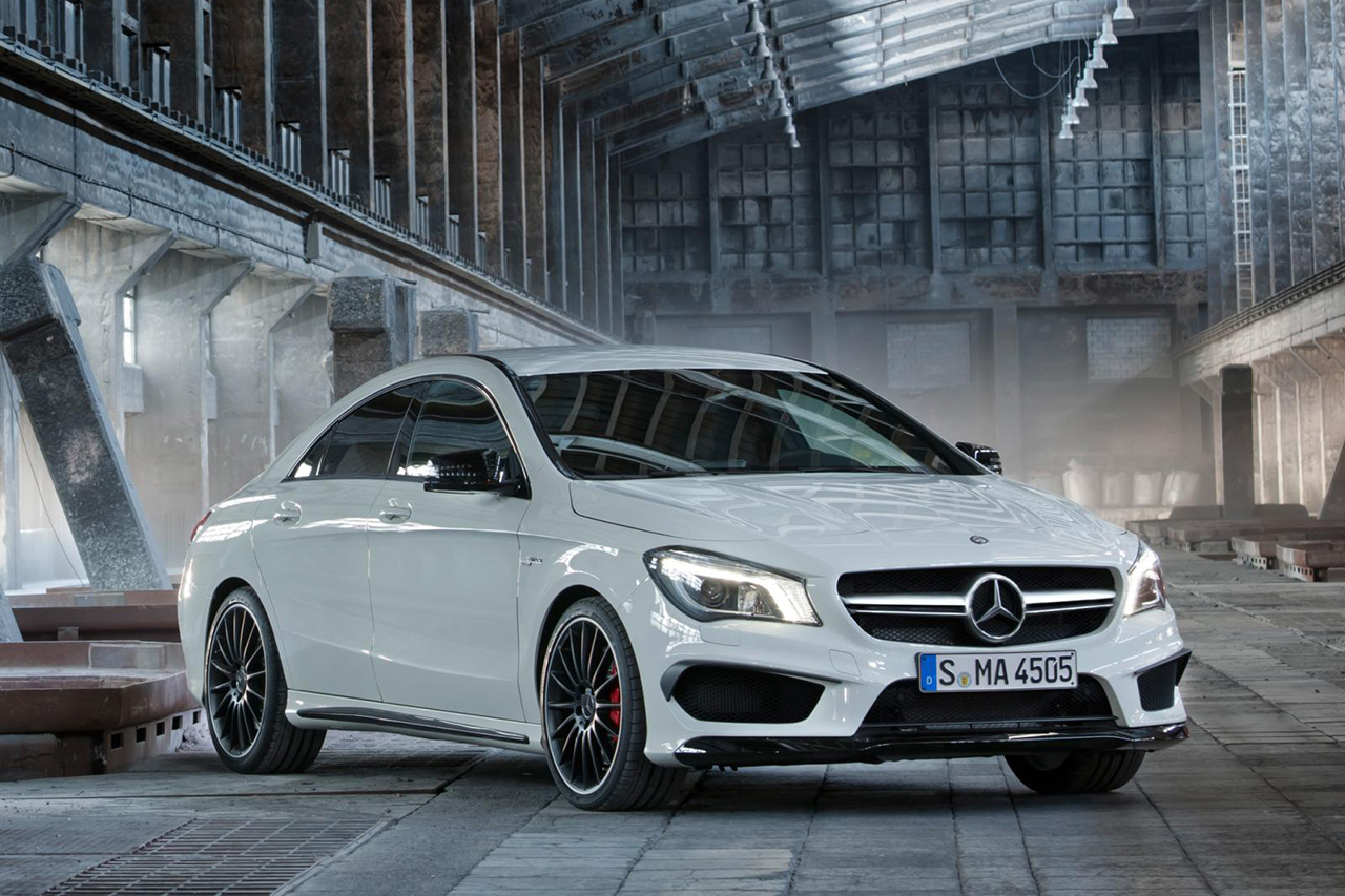2014 Mercedes CLA 45 AMG Prices, 2014 Mercedes CLA 45 AMG Reviews and Prices, Newest cars release, Car specifications, Car prices, Car Pictures, Car News and Reviews at luxuriousautomotive.blogspot.com, front angle