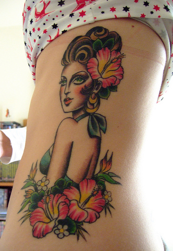 sexy rib tattoos for girls beauty blog. Black Bedroom Furniture Sets. Home Design Ideas