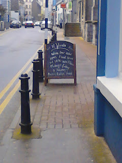 Sandwich board on the footpath / sidewalk outside Cafe Vicolo, Galway, Ireland