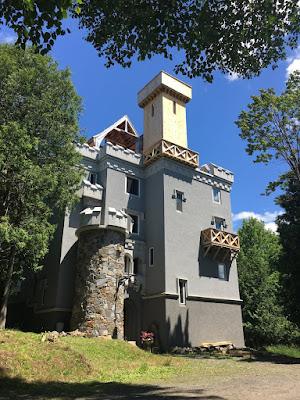 BUILDING AN ADIRONDACK CASTLE