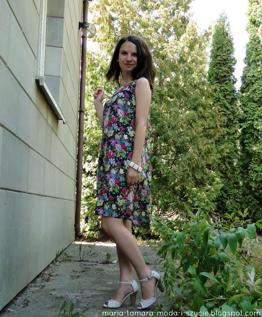 sukienka w kwiaty diy