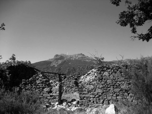 Caseta de la mina La Rebolá