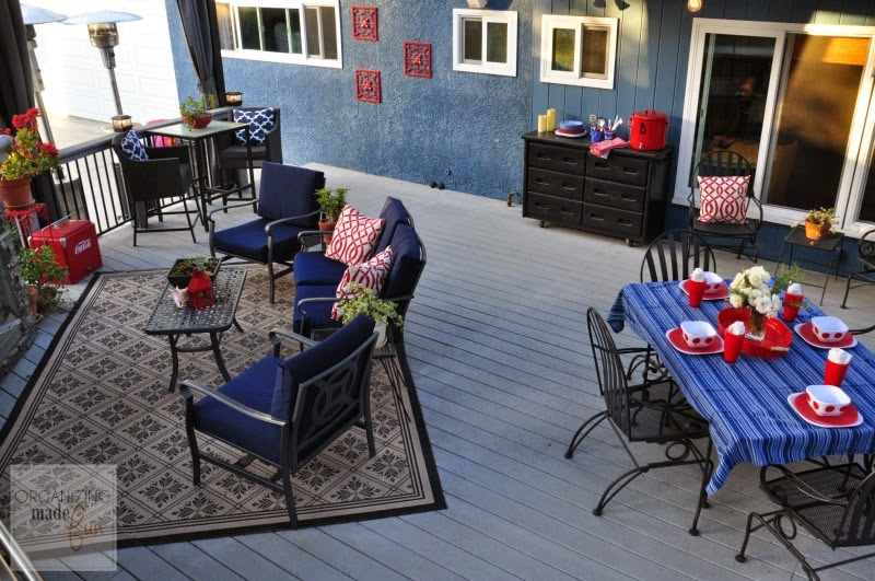 Americana Themed Outdoor Patio Decorating :: OrganizingMadeFun.com