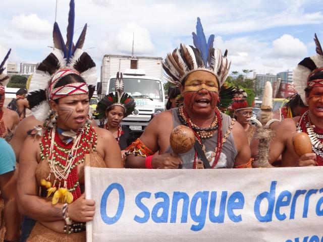 Pataxó e Tupinamba em Brasilia -2016