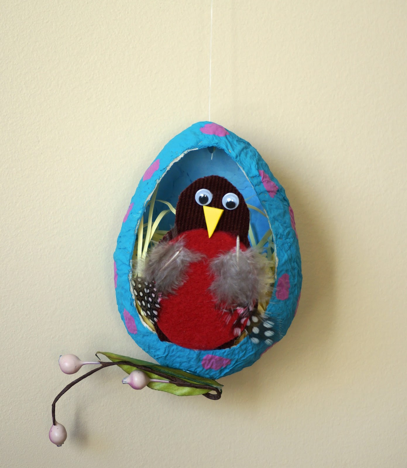 That artist woman papier mache robin eggs for Paper mache activities