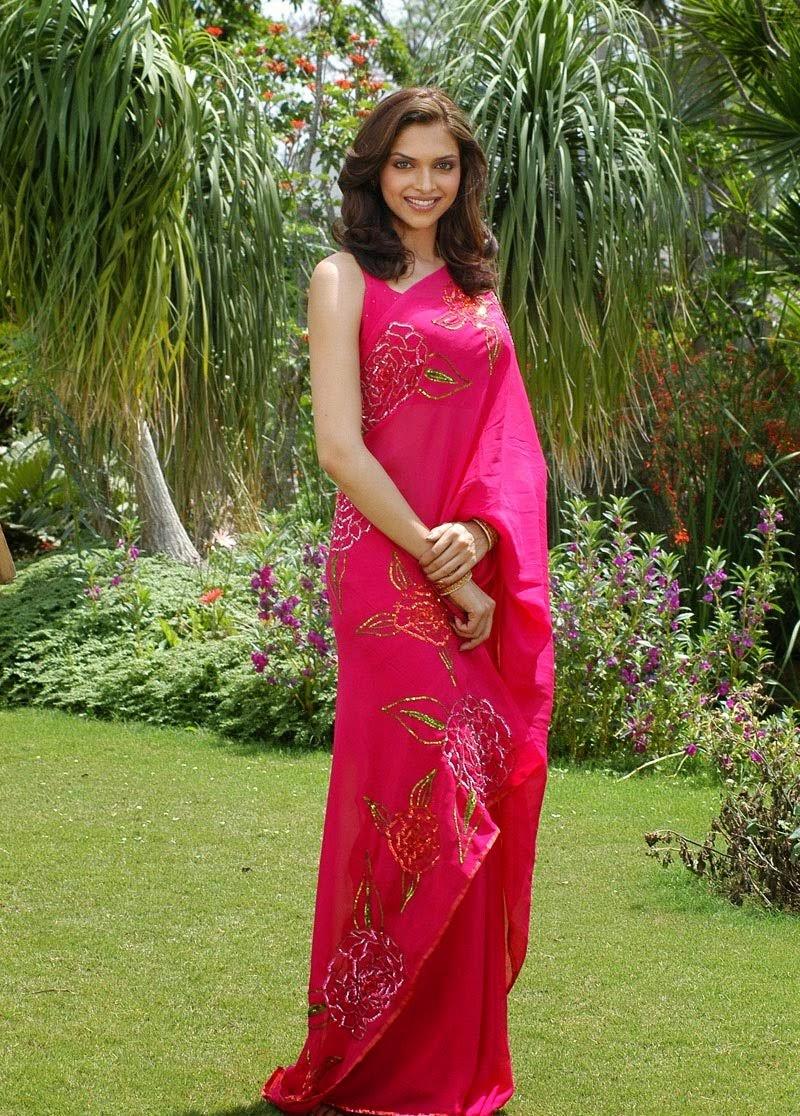 Deepika Padukone in Pink Sarree pics