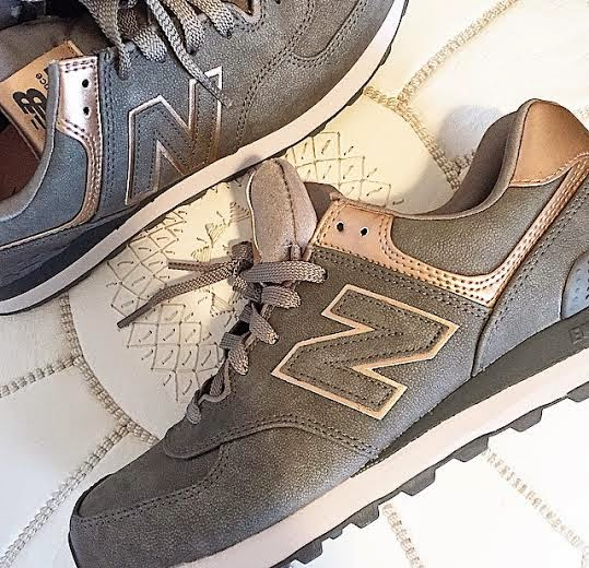 new balance 574 grey and metallic rose gold