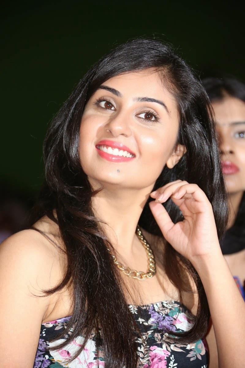 Bhanusri Mehra glamorous photos-HQ-Photo-14