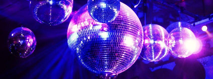 Foto bolas espejo muchas fotos - Bola de discoteca de colores ...