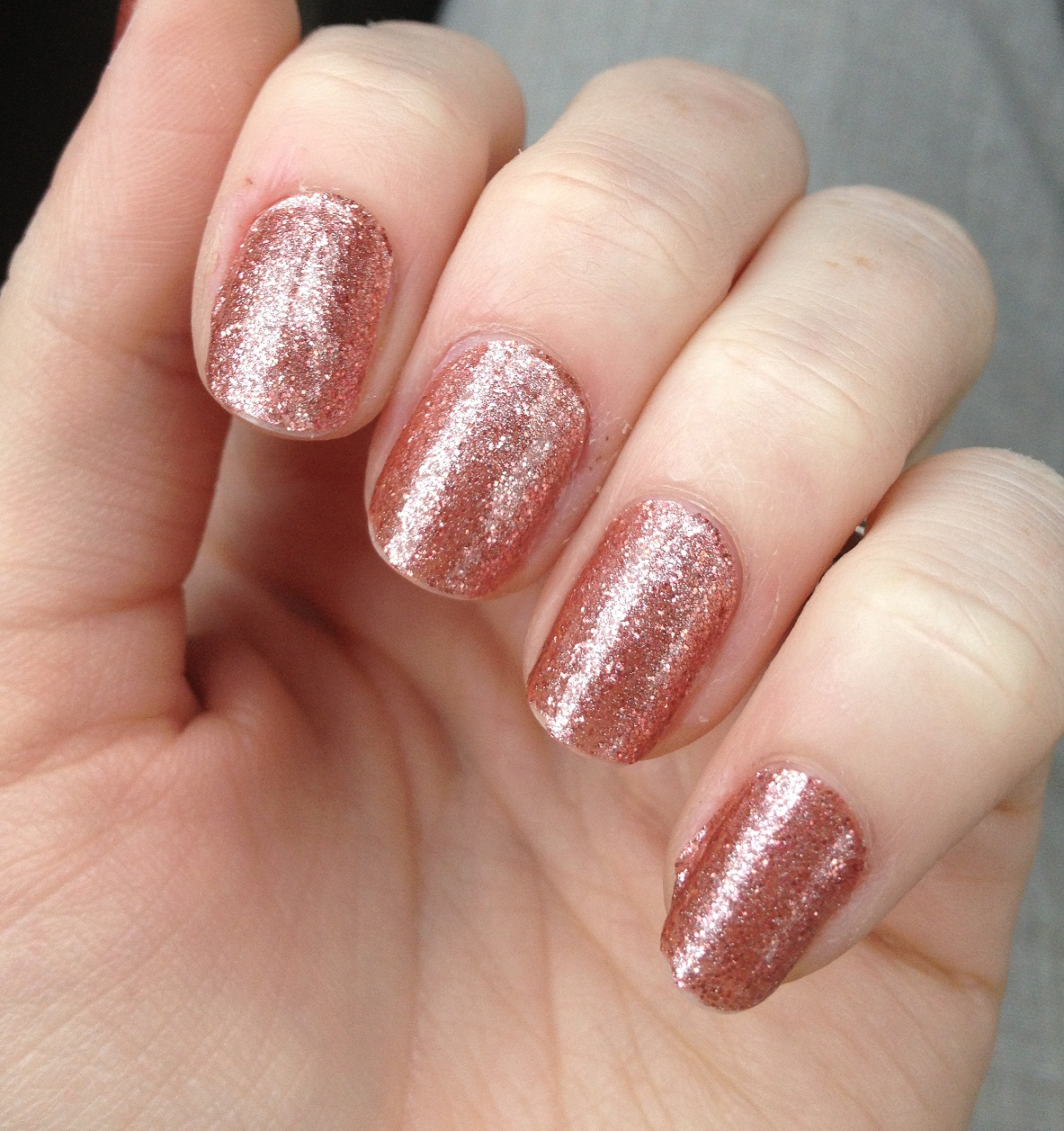 Glazed Over Beauty: Incoco Nail Polish Strips in Penny Rose