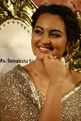 Sonakshi Sinha at Lingaa Audio-thumbnail-4