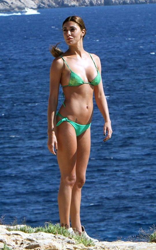 Belen Rodriguez Bikini Nude Photos 17