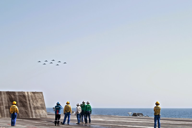 porte-avions Charles de Gaulle  pont d'envol