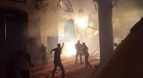 Penjajah Zionis Serbu Masjid Al-Aqsha Palestina, 110 Orang Korban