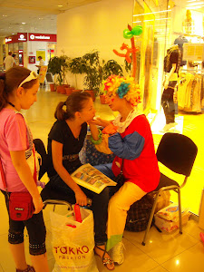 Clown si face painting