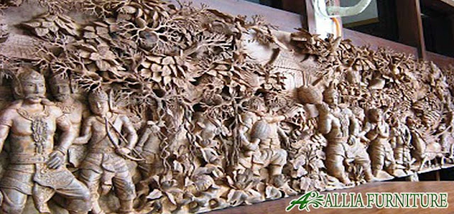 Ukiran kayu jati motif Ramayana