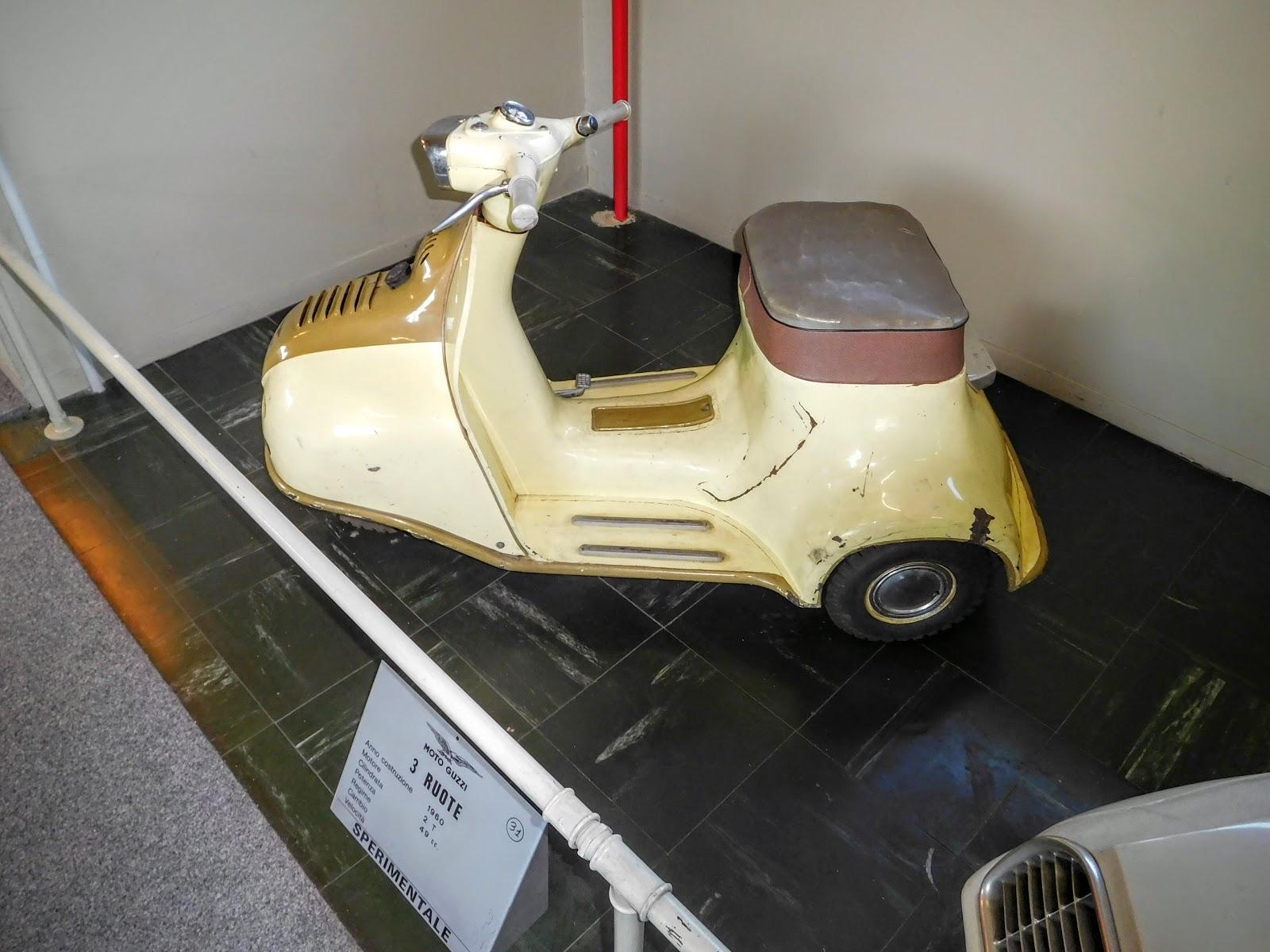 Tigho NYDucati: 1960 Moto Guzzi 3 Ruote
