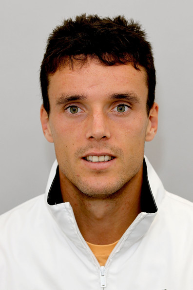 Roberto Bautista-Agut earned a 1.4 million dollar salary, leaving the net worth at 15 million in 2017