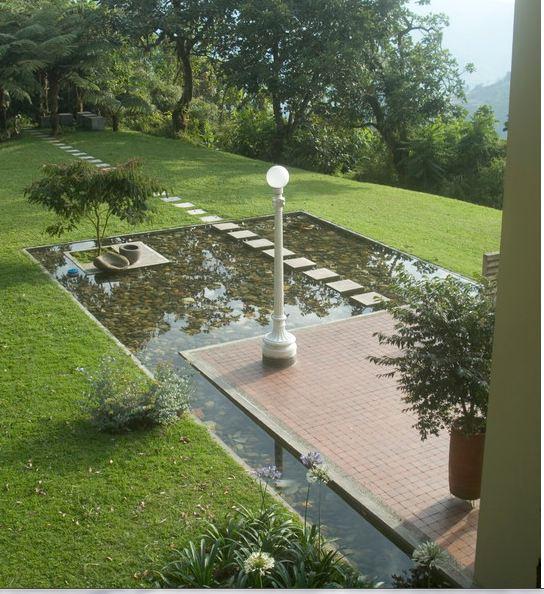 Il giardino delle naiadi ponti e passerelle - Laghetti da giardino in cemento ...