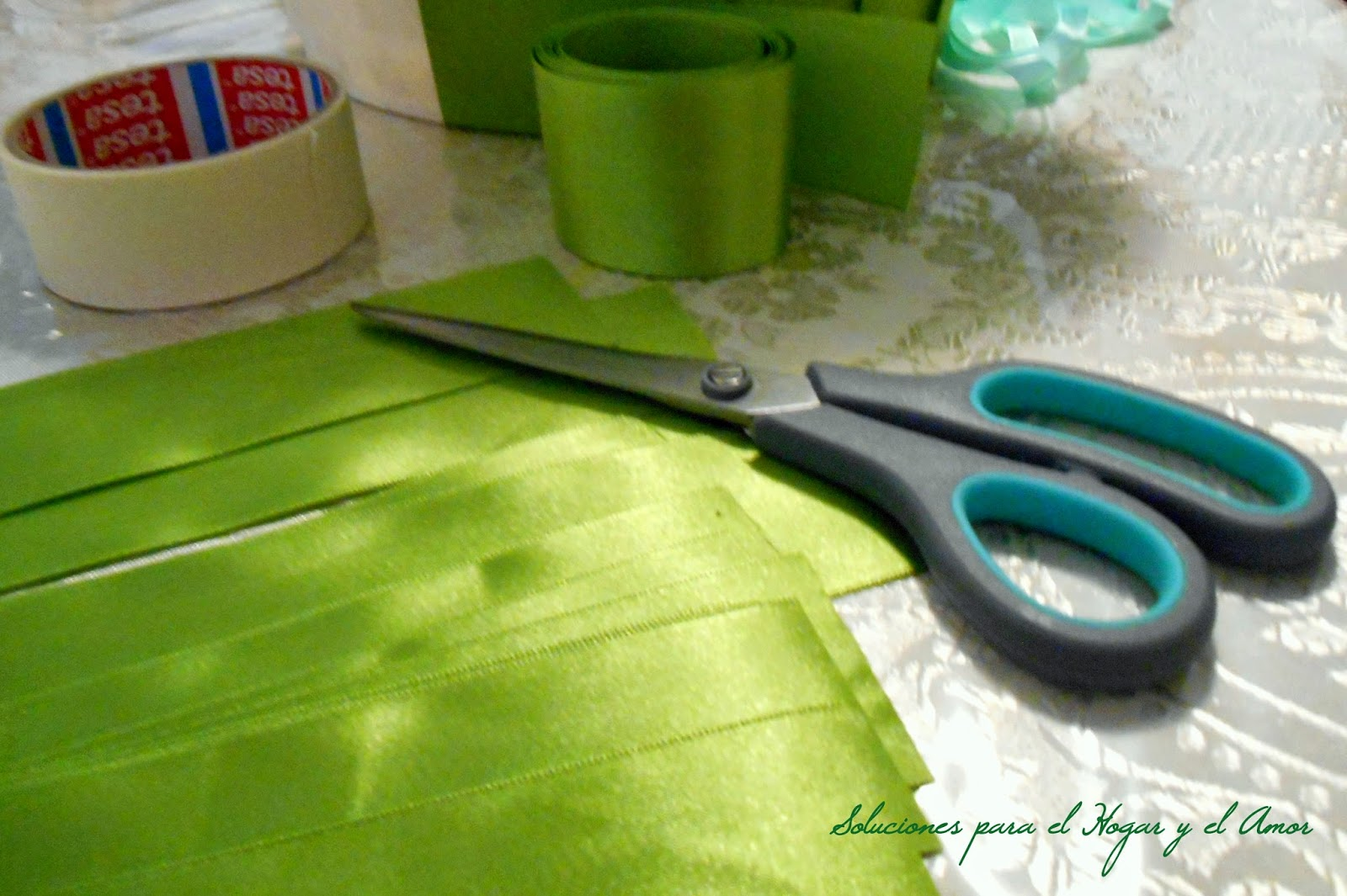 cinta ancha verde para arreglar pantalla de lámpara