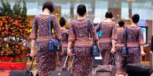 """<img src=""""http://3.bp.blogspot.com/-WfLI1BLo_R8/UbF3dvuqAFI/AAAAAAAAASI/I8xi8pm84kw/s1600/pramugari+sriwijaya.jpg"""" alt=""""Pramugari Sriwijaya Air""""/>"""