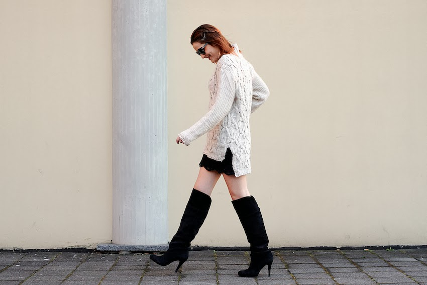 street style irene buffa fashion blog over the knee gianvito rossi boots maxi knit H&M