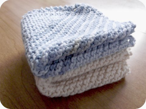 delightfully simple: DIY Monday - knitting a dishcloth, a ...