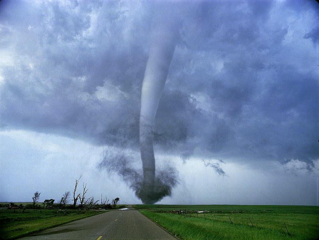 Huracán, tifón, ciclón, tornado...sabes cual es la diferencia?? | A ...