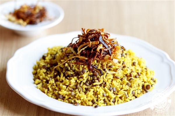 Mojardara - Rijst met linzen en knapperige ui