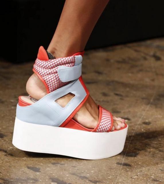DKNY-elblogdepatricia-shoes-trendalert-uglyshoes-calzado-calzature-scarpe